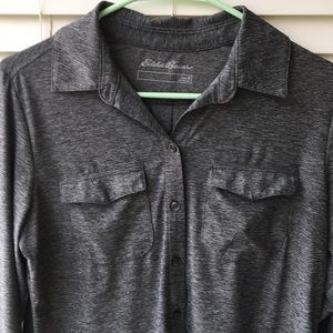 Eddie Bauer, lightweight, Gray button down Sz. M